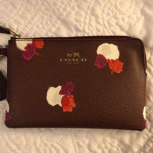 Floral coach wristlet, perfect for fall!